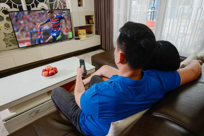 Xem tin thể thao trên vô tuyến truyền hình