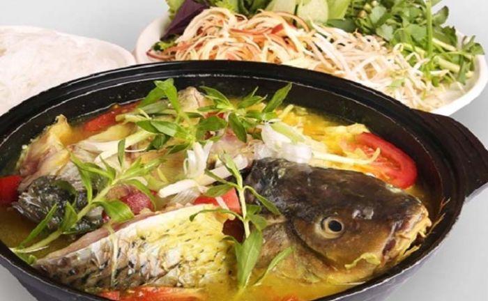 Nằm mơ thấy mâm cơm có cá chép là điềm báo sức khỏe người thân không tốt