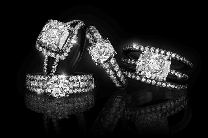 Nếu bạn đeo nhẫn kim cương trong giấc mộng chứng tỏ bạn đã có người trong lòng