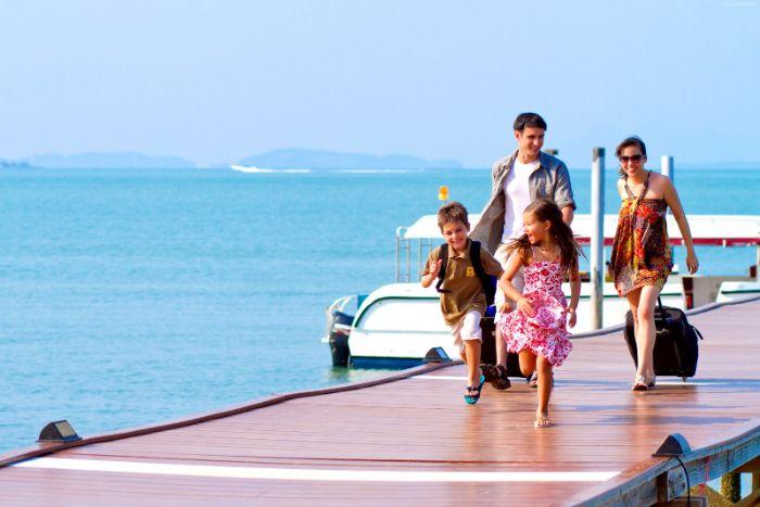 Nằm mơ đi du lịch cùng gia đình nói về cuộc sống ở hiện tại như thế nào