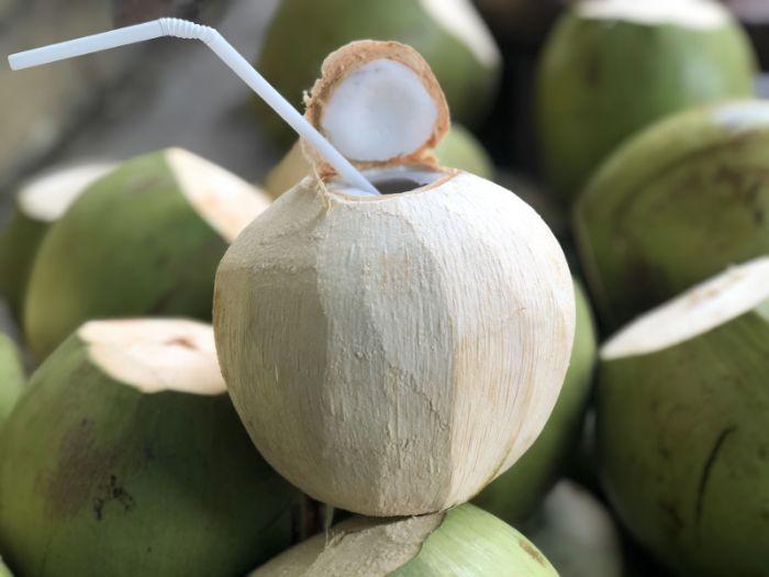 Chiêm bao thấy đi bán dừa là điềm đại cát đại lợi