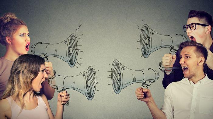 Cãi nhau thường liên quan tới những điều không may, xích mích