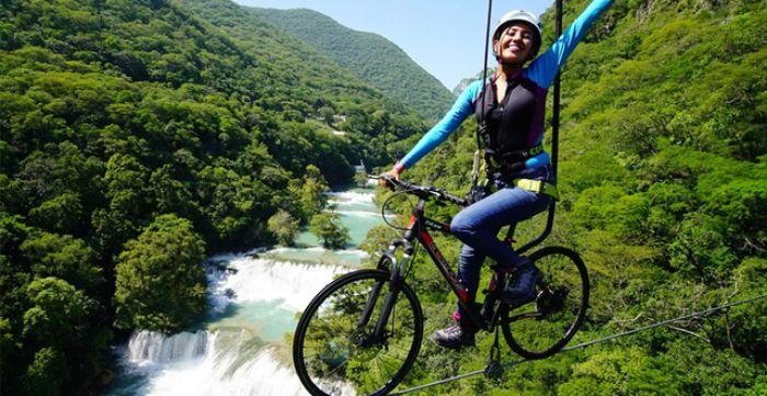 Việc mơ thấy đi xe đạp trên không chứng tỏ bạn là con người thích ảo tưởng